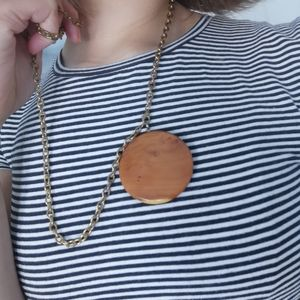 Jewelry - *free in bundle*Polished wood necklace, long chain